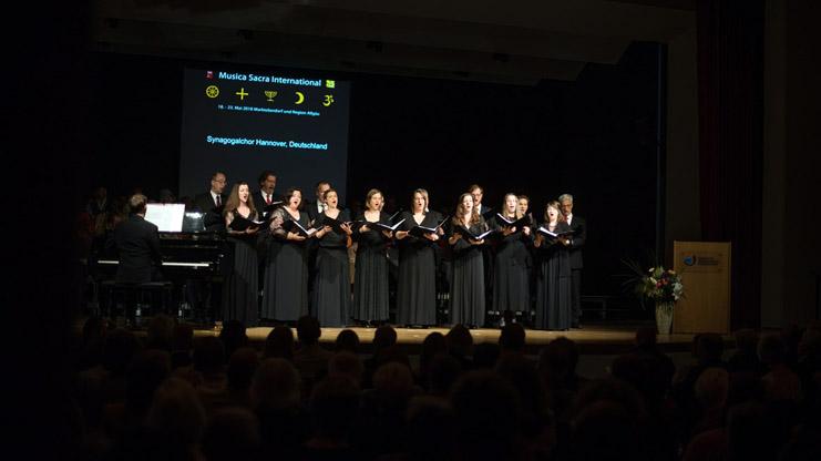 Der Synagogalchor Hannover live 2018 in der Bayerischen Musikakademie, Marktoberdorf, Eröffnungskonzert des Festivals Musica Sacra International. (Foto: Modfestivals)